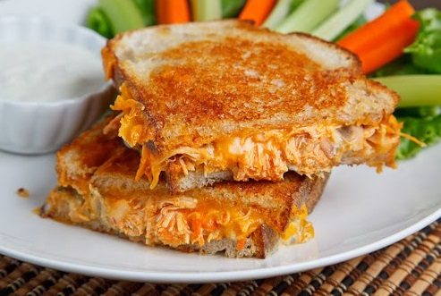Buffalow Chicken Grilled Chesse Sandwitch