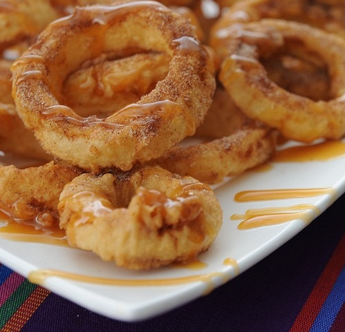 Apple Rings with Cinnamon Cream